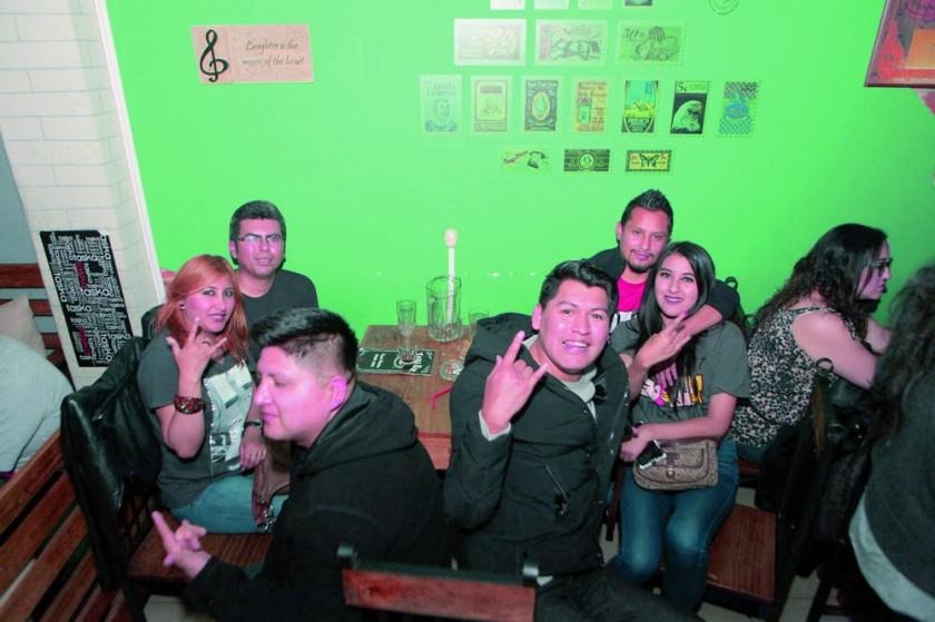 Lorgio Vallejos, Patricia Flores, David Rodríguez, José Luís Velásquez,  Lizeth Flores y Kelvin Nava.