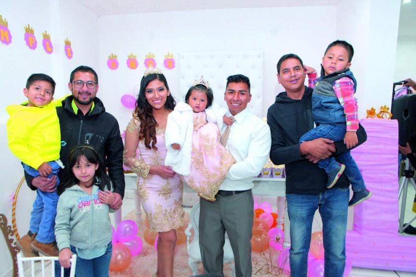 Santiago Toro, Samantha Toro, Boris Toro, Rocío Cruz, Angely y Marvin Villarpando, Marco y Adrián Dávalos.