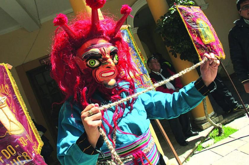 Atención de fieles y danzarines se vuelca a la fiesta de Guadalupe