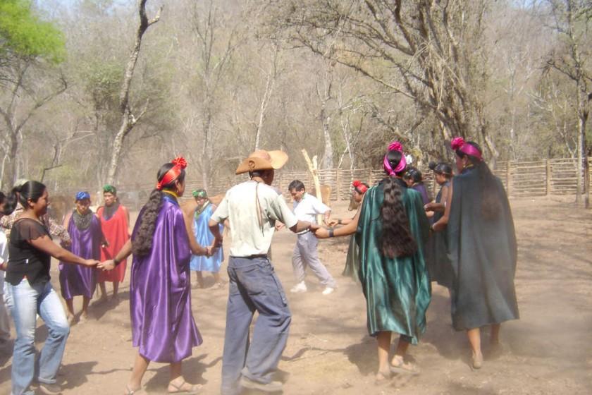CULTURA. Tentayape es la única comunidad guaraní que preserva sus tradiciones originales.