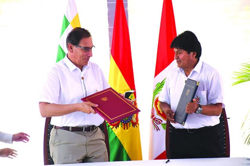 Perú y Bolivia apuestan por el tren bioceánico  al sellar acuerdos