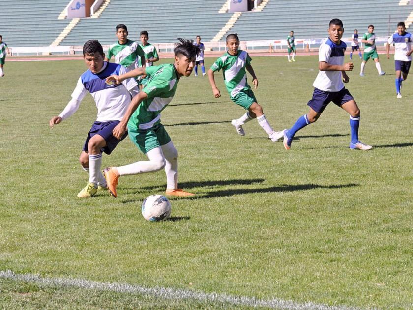 El equipo masculino de Lucio Siles de Monteagudo se impuso ayer a Jaime de Zudáñez, en el estadio Patria.