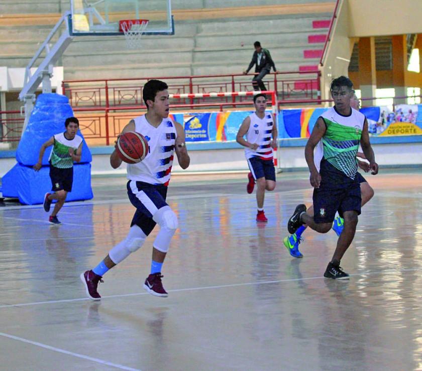 El colegio Alexander Von Humboldt celebró ayer y jugará las semifinales.