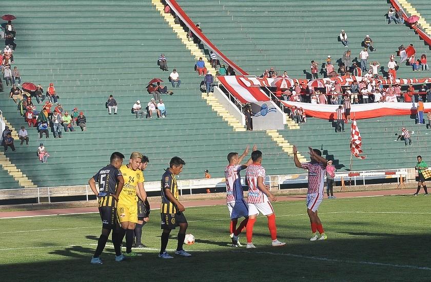 Independiente celebró seis goles, tres en el primer tiempo y tres en la segunda parte. Foto: Héctor López