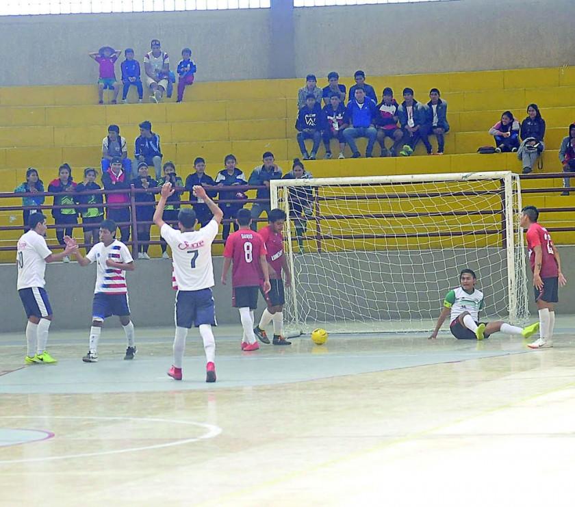 Latino Americano venció a Bolivia de Camargo.