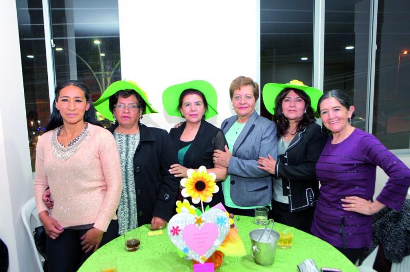 Representantes del Kínder Agar Salazar de Cox.