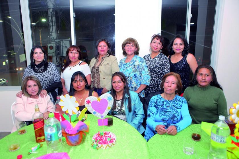 Maestras del Kínder Jaime Mendoza.