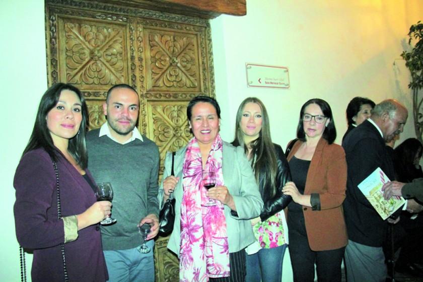 Silvia Molina, Jorge Heredia, Teresa Molina de Commandeur, Luciana Molina y Elda Delgadillo.