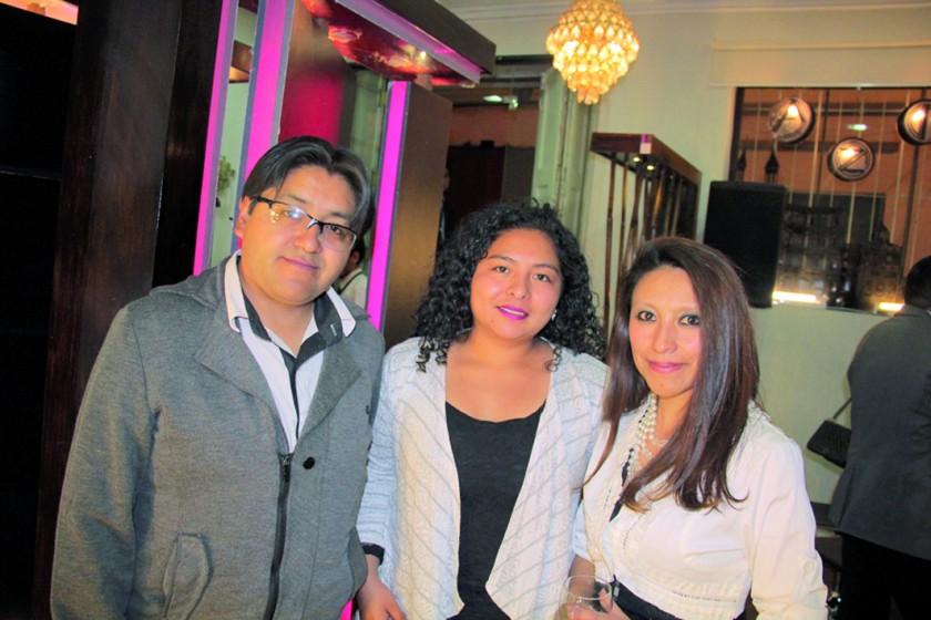 Edson Mendieta, Edith Yucra y Fátima Mamani.