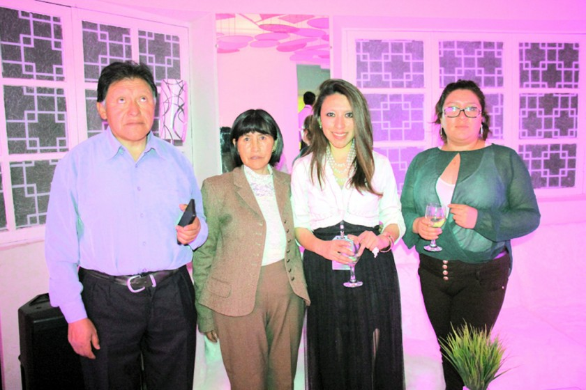 Ciro Mamani, Irma Laura, Fátima Mamani y Mónica Vargas.