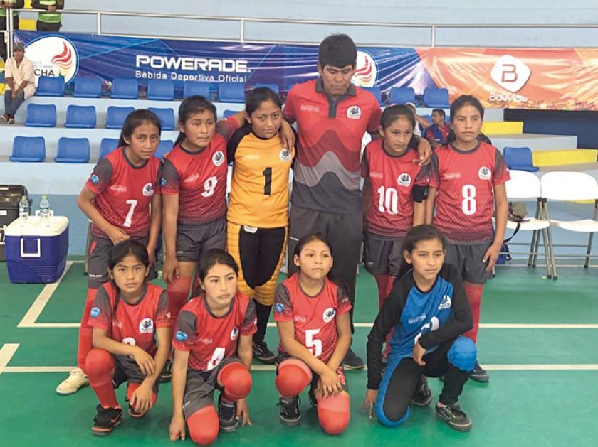 El equipo de futsal de Villa Charcas ganó ayer su segundo partido por 5-0 a Pando.
