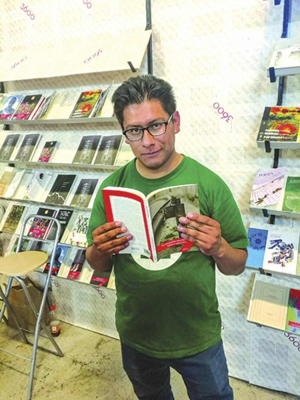 Rodrigo Urquiola/Escritor