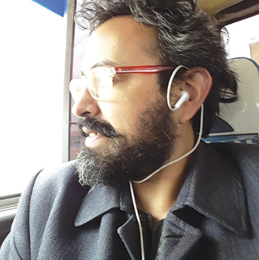 Alejandro Pacho Gionzález/Cantautor/Dibujante/Actor