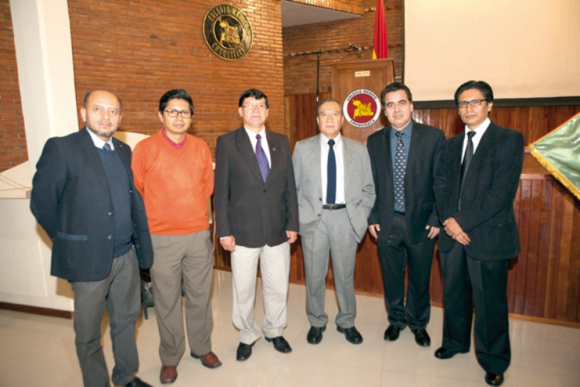 Clive Herrera (Traumatología), Juan Carlos Calvo (Medicina Interna), Rolando Gallo (Cirugía), Miguel Herrera (Neurocirug