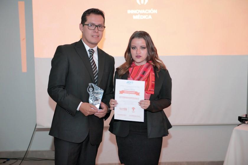 Luis Badani fue reconocido en innovación médica.
