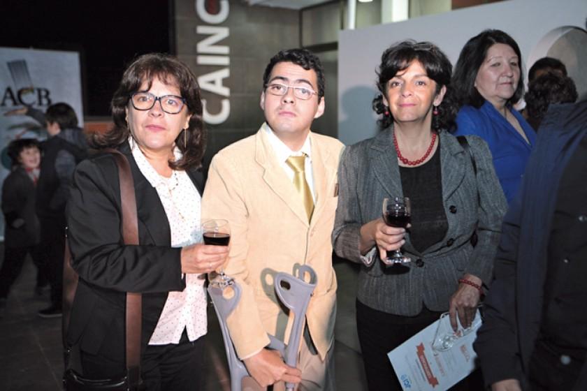 Liz Dupleich, Flavio Abastoflor (superación y logros personales) y Jaqueline Dupleich.