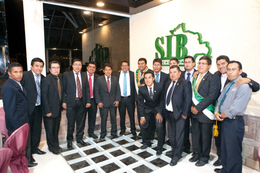 Algunos miembros de la SIB Chuquisaca.