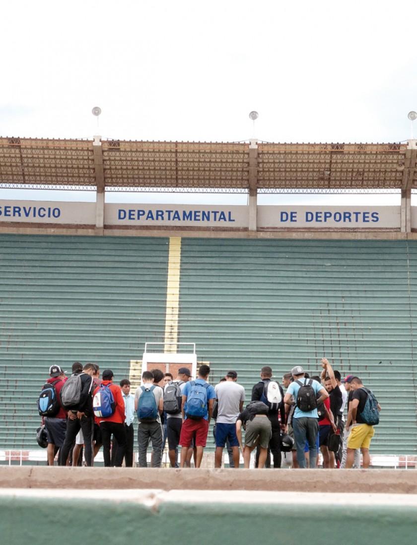 Los directivos del club accedieron a dialogar con los jugadores en el tercer día de paro.