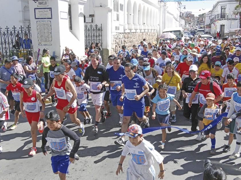 Grandes y pequeños corrieron 2 y 5 kilómetros