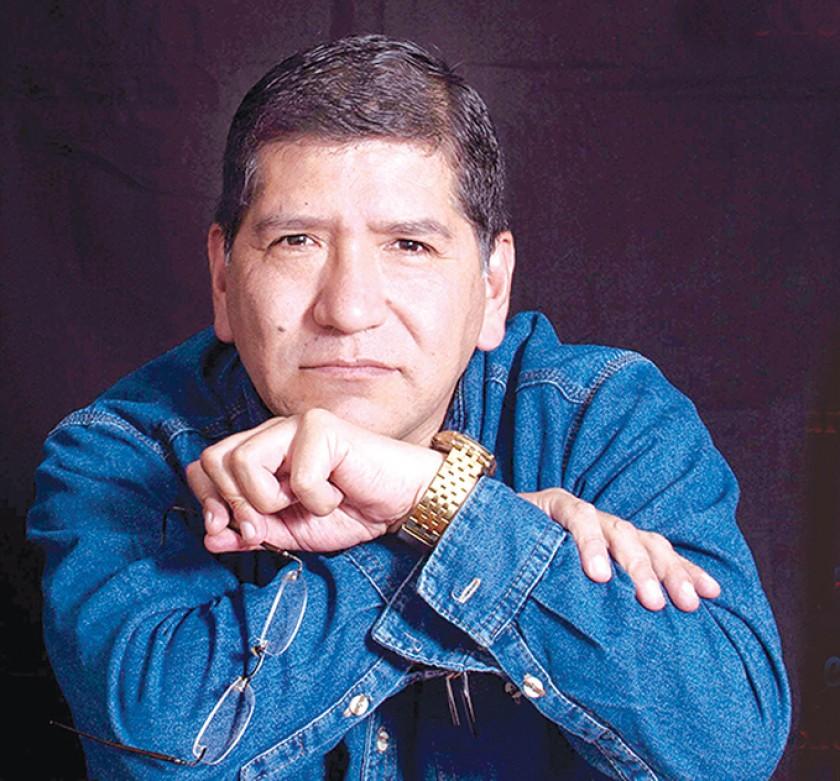 Ordoñez, poeta y escritor