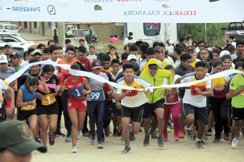 Niños, adolescentes, jóvenes y adultos fueron parte de la competencia.