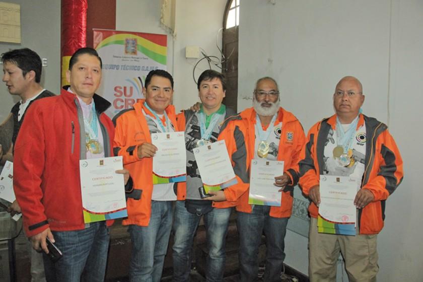 Los tiradores que cosecharon medallas en Cochabamba.