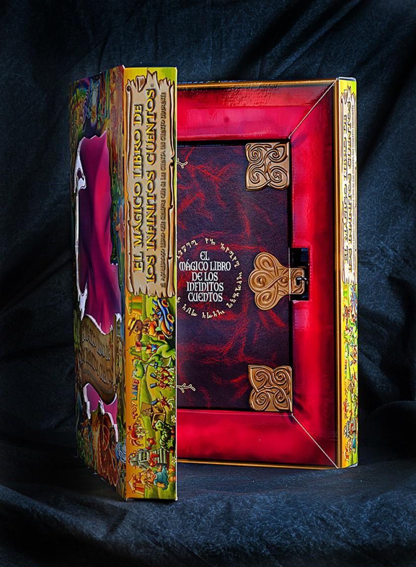 Imagen del cofre  donde se guarda este libro tan especial de cuentos infinitos.