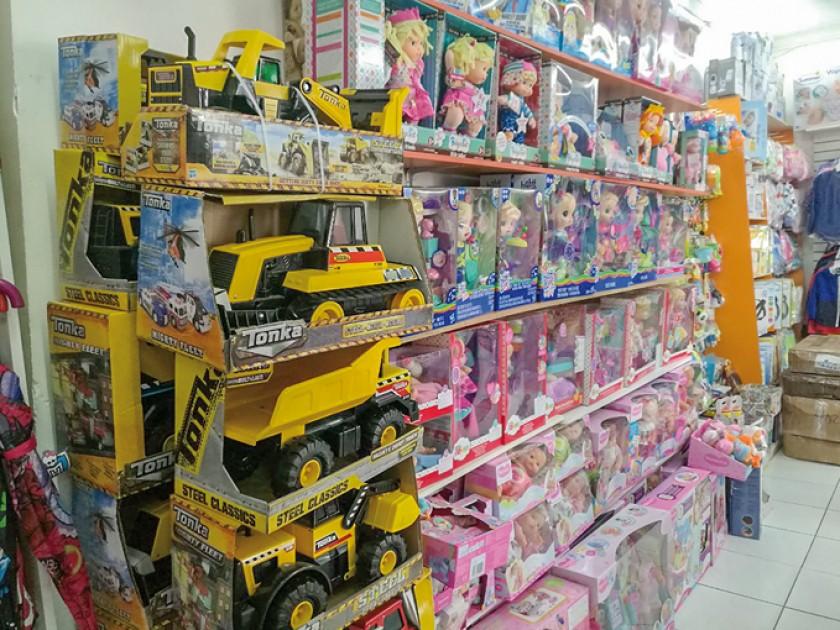 """""""Mundi Niños"""" dice que tiene los juguetes de moda"""
