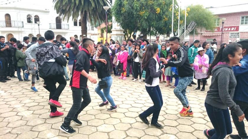 PROMOCIÓN. Municipios invitan a celebrar las fiestas de fin de año con música y danzas tradicionales.