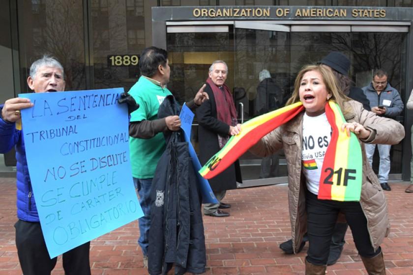 PROTESTAS. Activistas del 21F en la sede de la CIDH (EE.UU.)