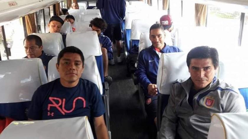 Universitario parte rumbo a Cochabamba para jugar con Wilstermann. Foto: Gentileza