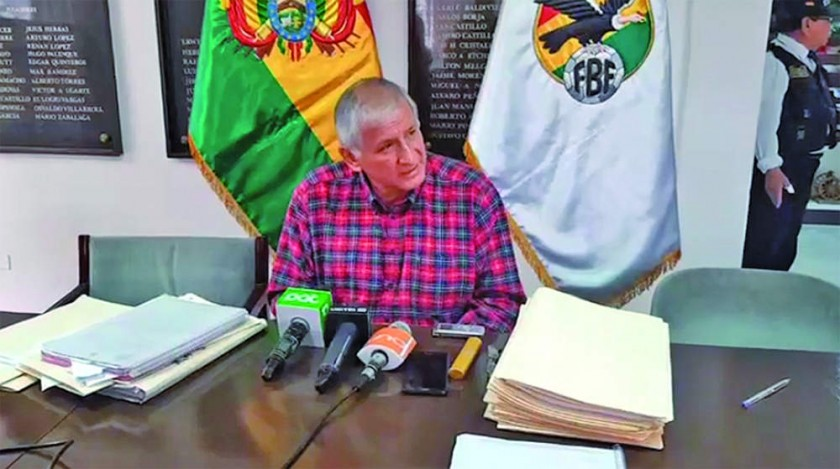 El presidente del TSDD, Marcos Goytia, dio una conferencia en el valle.