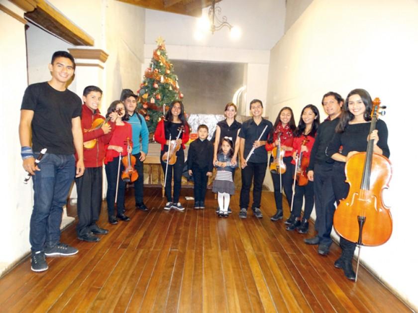 Orquesta de la Escuela Musikal Sucre.