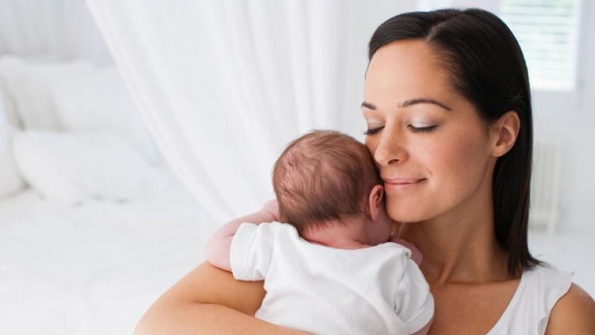 Las mujeres envejecen varios años con cada embarazo: