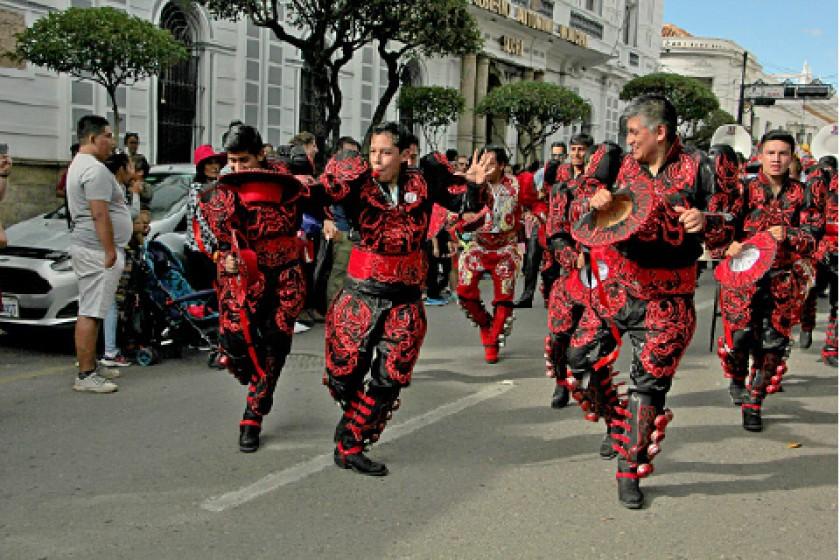 Reivindican danza del Caporal en 74 ciudades del país y del mundo