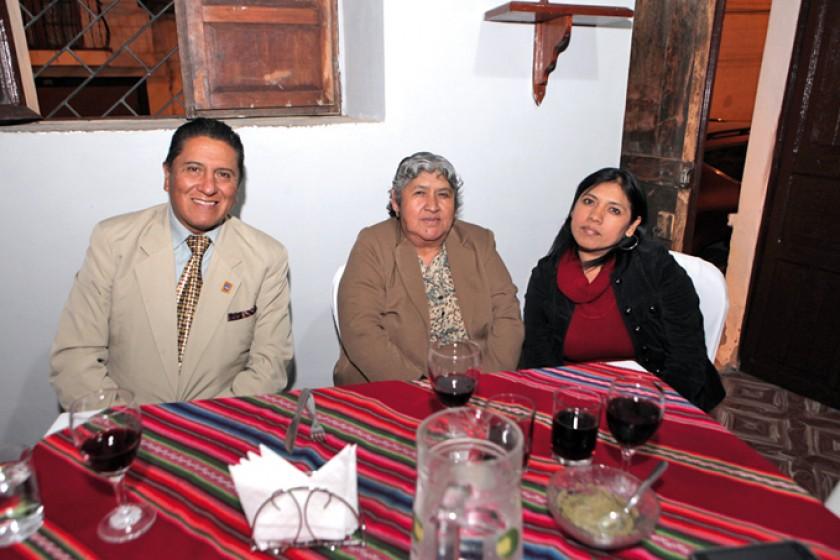 Weimar Ramírez, Virginia Salazar y Jimena Arancibia.