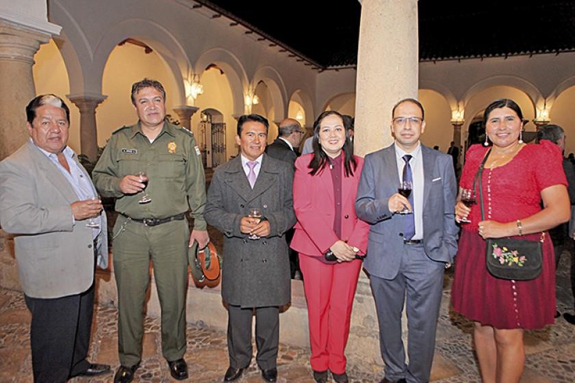 Moisés Torres, Alfredo Aráoz, Sandro Martínez, Eliana Berbery, Juan Carlos Bechara y Nélida Sifuentes.