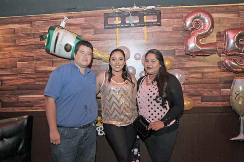 Marco Padilla, Abril Salinas y Wendy Caba.