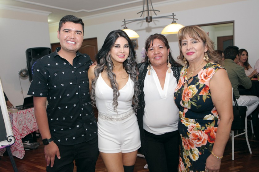 Fernando Reyes, Tatiana Zárate, July Onore y Margarita Padilla.