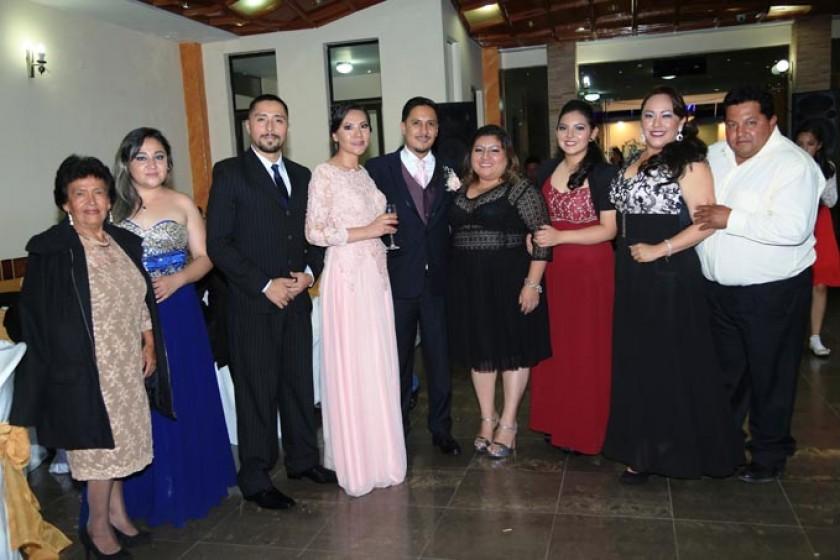 Rossmery Lizondo, Varinia Gonzales, Johnny Gutiérrez, Cecilia Loayza, Sergio Heredia, Pamela Fortún, Sharon Lizondo, Pam