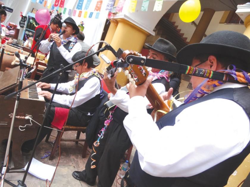 Presentan la agenda del Carnaval en Sucre