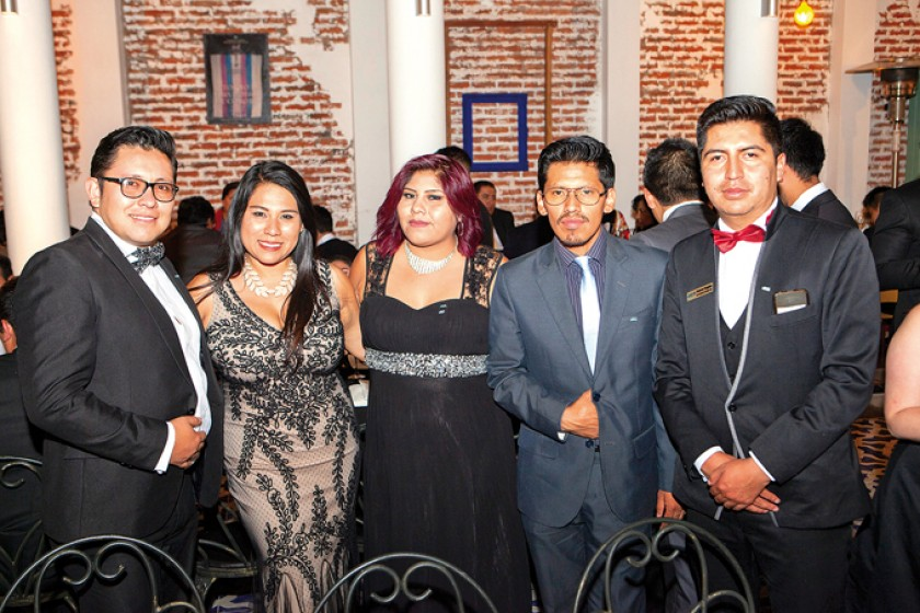 Paolo Escalera, Verónica Rodríguez, Damaris Ramos, Manuel Guzmán y Roberto Huayhua.