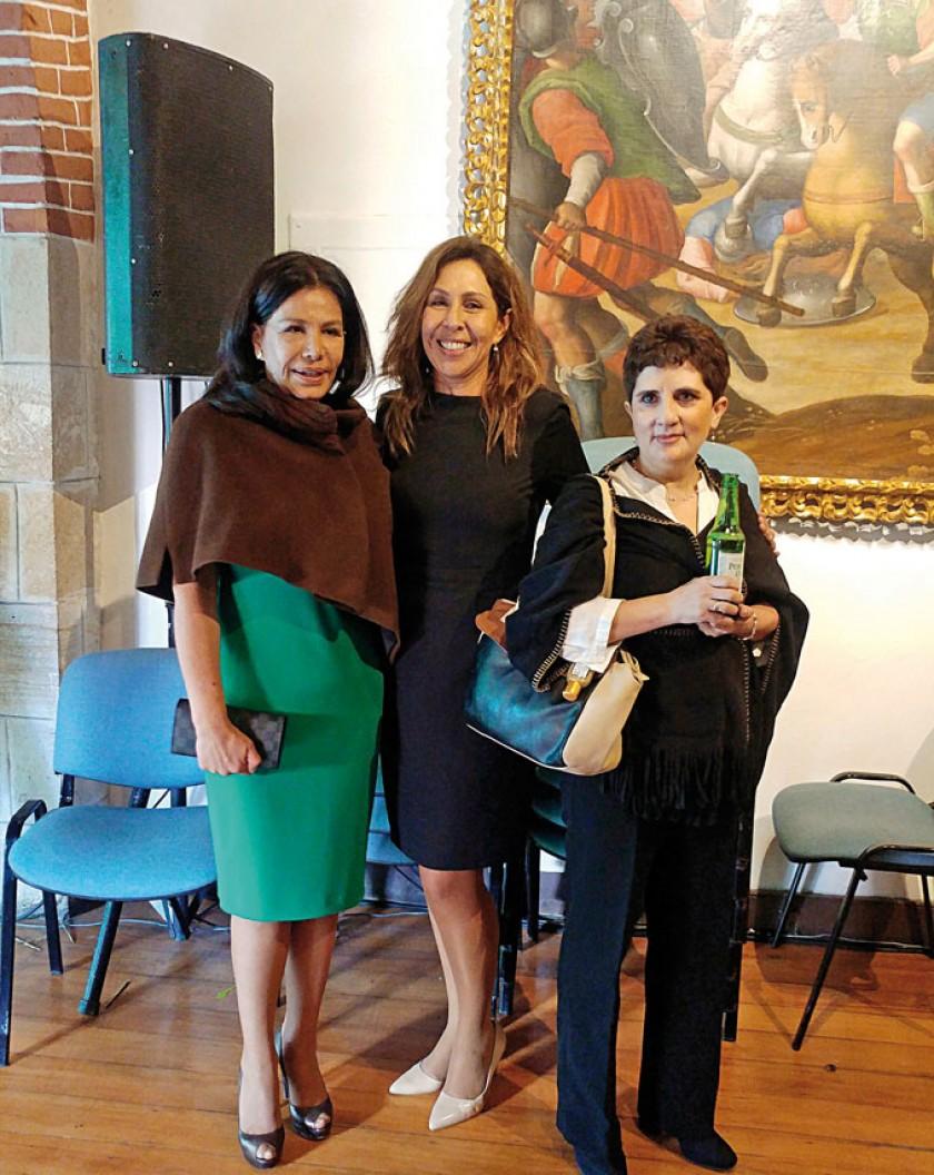 Edmy de Careaga, Cynthia Castellanos de Wille y Rosario de Murillo