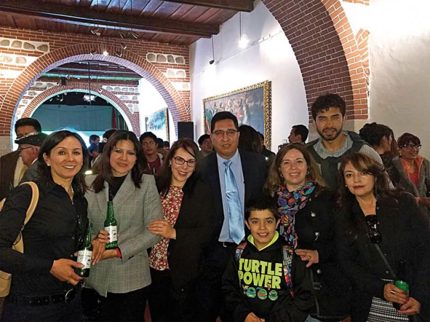 Ximena Berinduague, Glaucia Lizaca, María Teresa Arrieta, Mateo Calvo, Valeria Angulo Vacaflores, Gabriela Vélez e Ivonn
