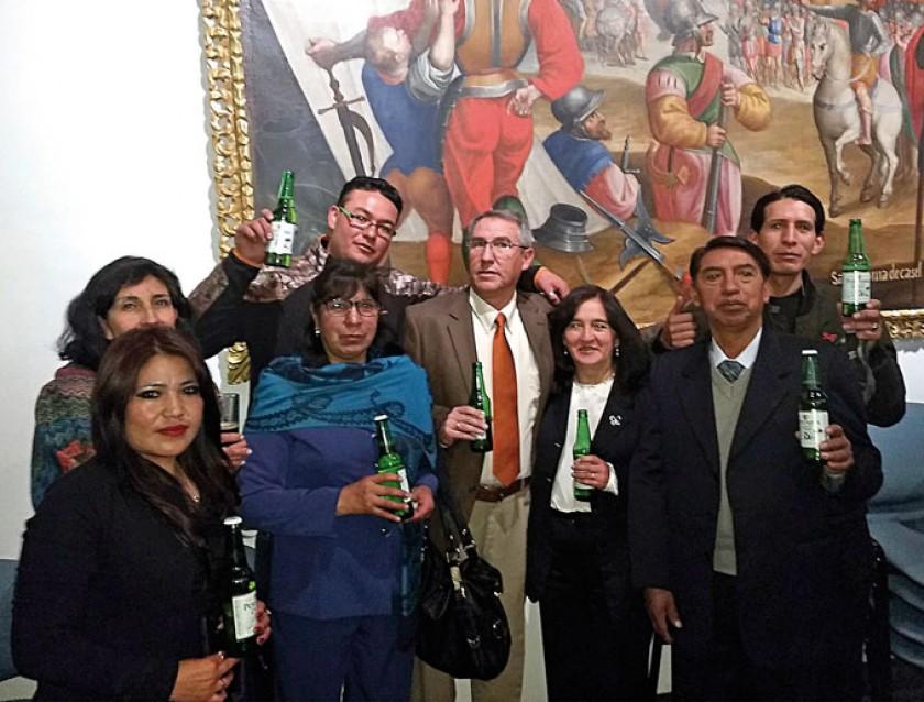 Lorena Bohórquez, Karina Méndez, Juan Carlos Fajardo, María Choque, Juan Pablo Murillo, Silvia Decormis, Humberto Vargas