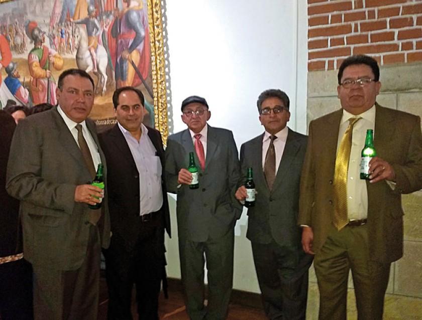 Bernardo Nogales, Luis Adamczyk, Emilio Arrieta, Ramiro Almendras y Gonzalo Ruiz