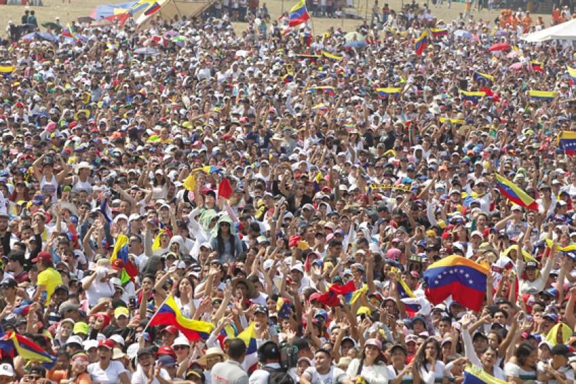 """Cúcuta. El """"Aid Live Venezuela"""" reunió a miles de personas que clamaron por la apertura de las fronteras venezolanas."""