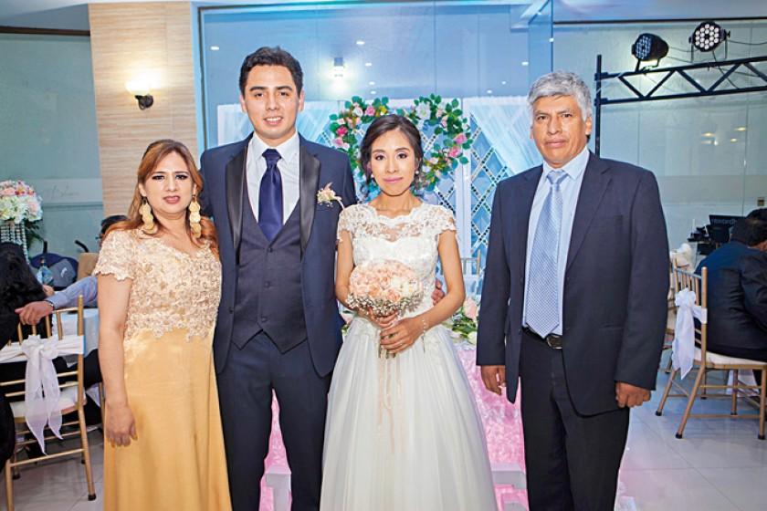 Sandra y Gustavo Ortubé, Marcela Cárdenas y Jaime Osorio