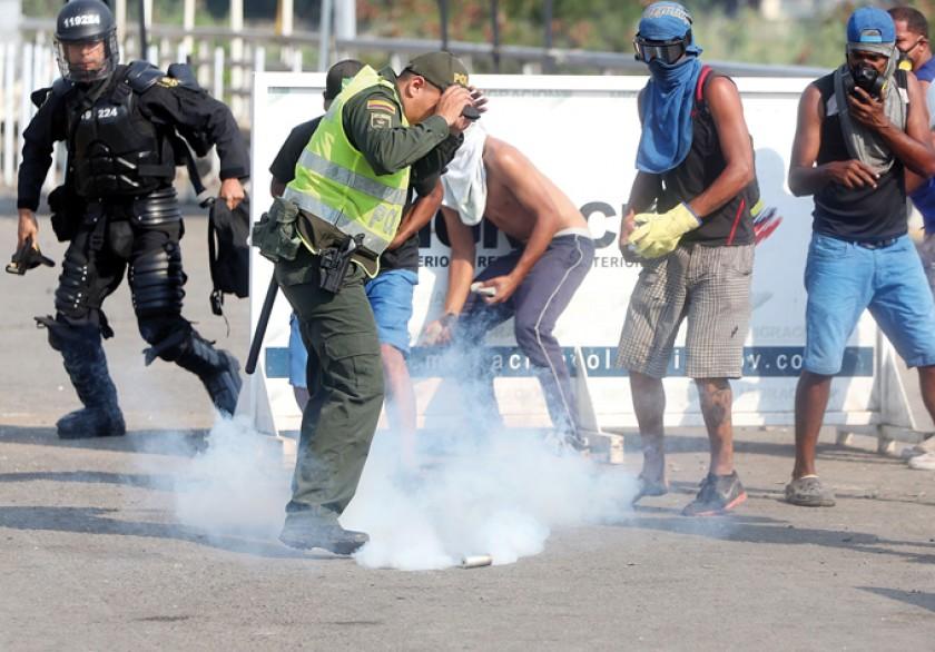 CÚCUTA y bogotá. Hubo choques en la frontera colombo-venezonala, mientras el Grupo de Lima se reunía por la crisis en el