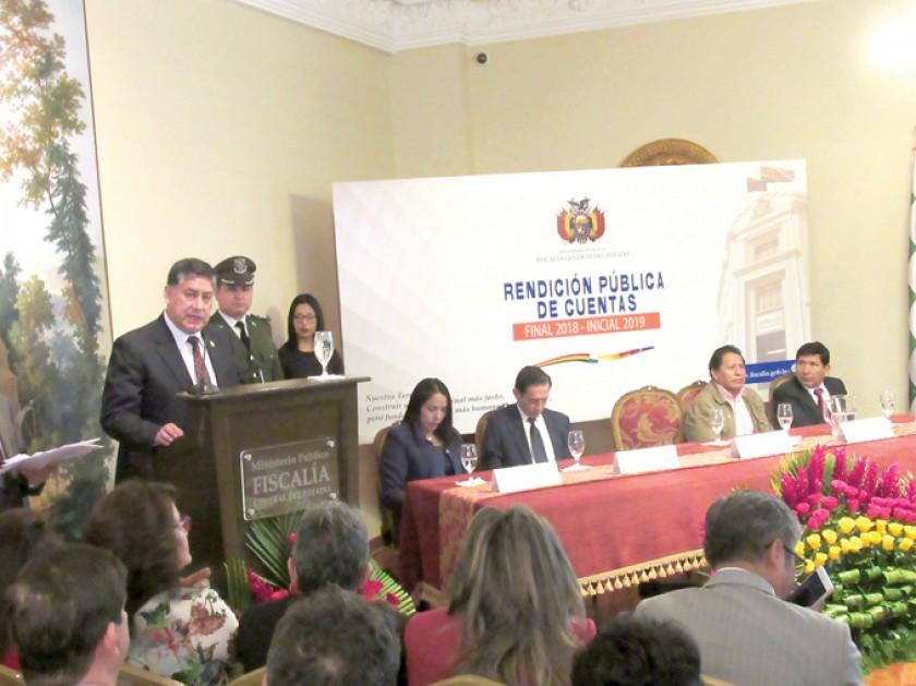 INFORME. El fiscal General Juan Lanchipa durante el acto de Rendición Pública de Cuentas en el hotel Parador Santa María